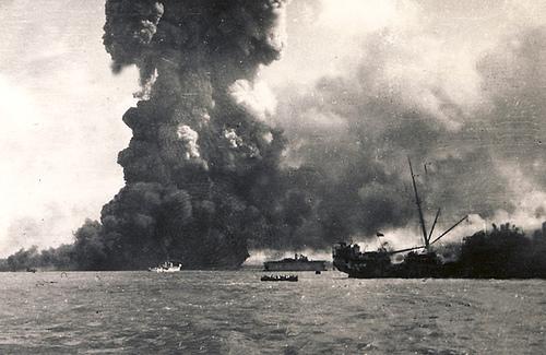 File:MV Neptuna Detonation, Darwin 1942.jpg