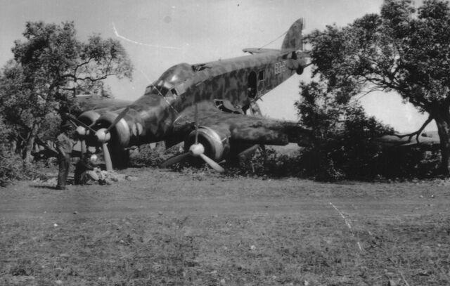File:SM.79 Crash Landing, Circa 1940.jpg