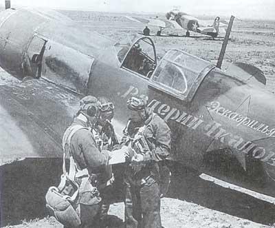 File:Lavochkin La-5, Crew.jpg