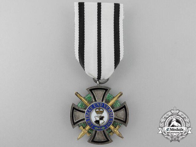File:House Order of Faust-Essen (Member with Swords).jpg
