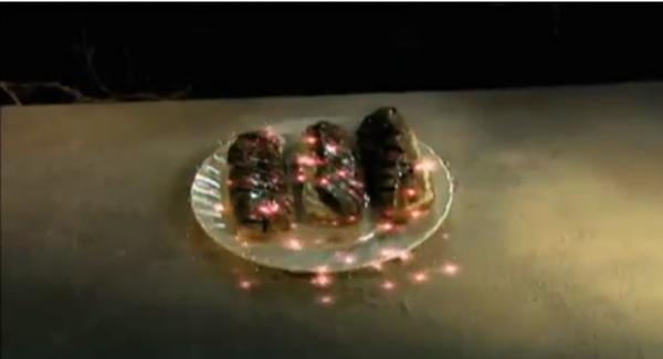 File:Cream cakes.png