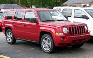 JeepPatriotfrontQuarter01