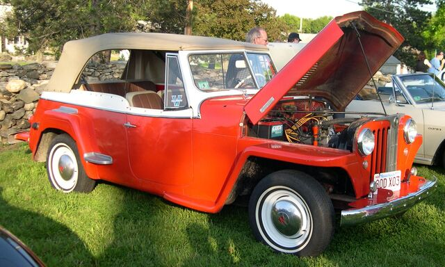File:1948 Willys Jeepster.jpg