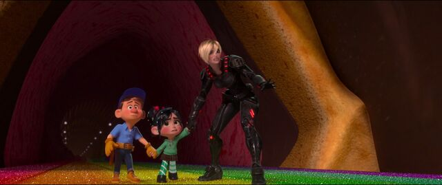 File:Calhoun Felix and Vanellope 01.jpg