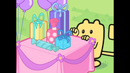 188 Wubbzy Grabs Table