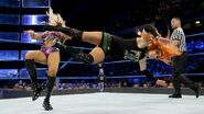 Becky-Lynch dropkick Charlotte