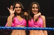 Bellas-Twin debut