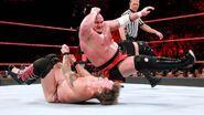 Samoa-Joe elbowed Chris-Jericho