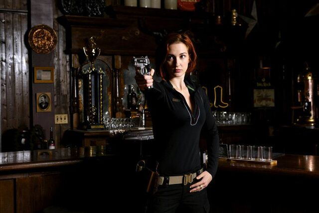 File:Nicolehaught gallery 002.JPG