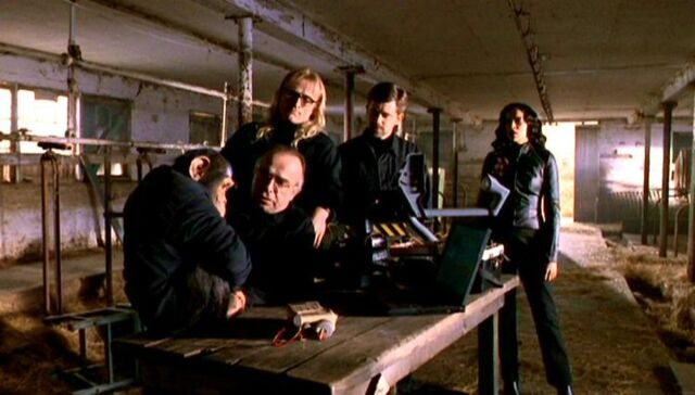 File:Lone Gunmen and Yves Adele Harlow with Peanuts.jpg