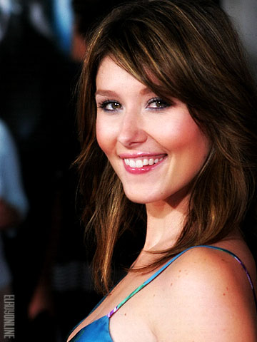 File:Jewel Staite.jpeg