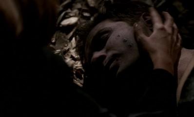 File:ScullyFindsMulderDead.jpg