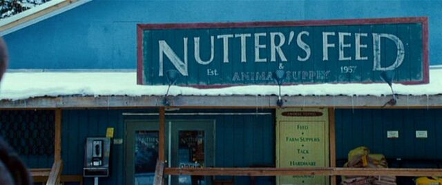 File:Nutter's Feed & Animal Supply (exterior).jpg