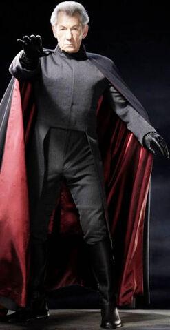 File:Magneto -2.JPG