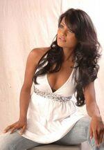 Nilushi Abeykoon Model