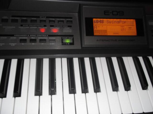 File:Roland-e-09-666128.jpg