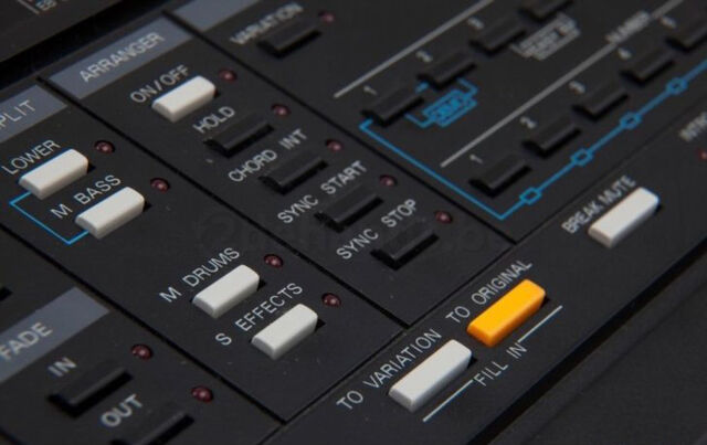 File:179499951 3-roland-e30-intelligent-synthesizer.jpg