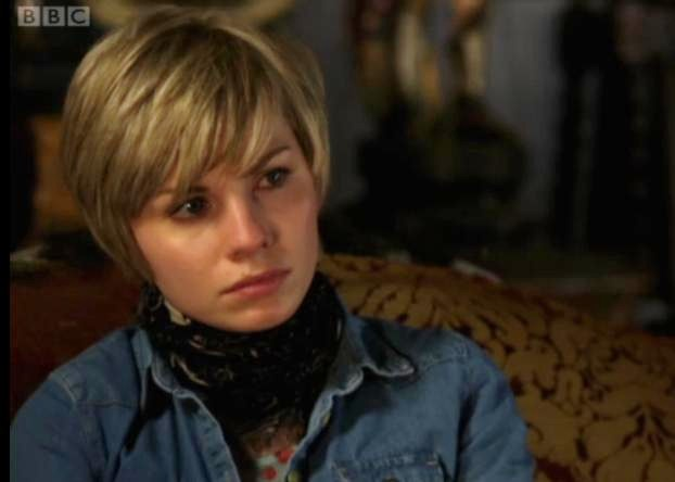 File:Watching Ingrid.jpg