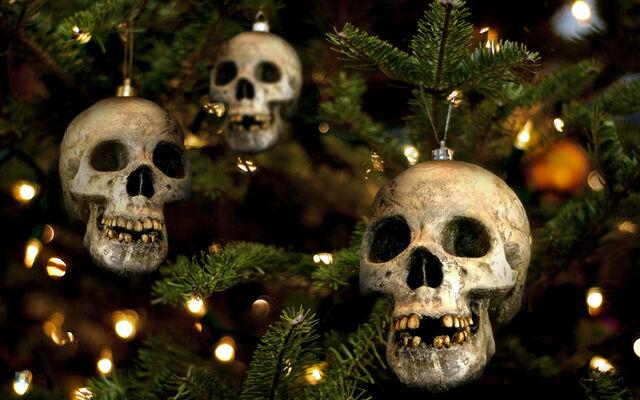 File:Skull ordaments.jpg