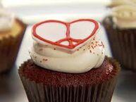 Peace heart cupcake
