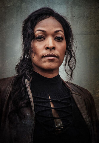 File:Cast z nation s3 warren.jpg
