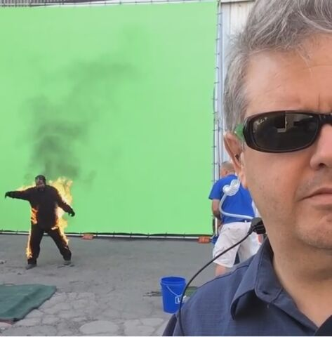 File:Behinds the scenes 83.jpg