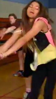Zoey Stevens start dancing