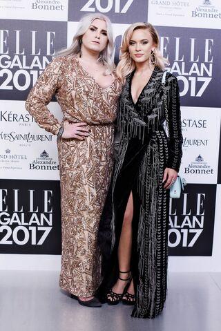 File:2017-Zara-Elle-Galan2.jpg