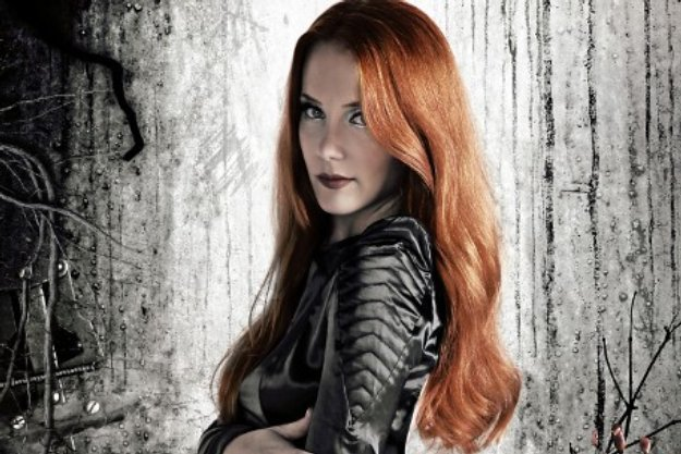 File:Simone-Simons-of-Epica.jpg