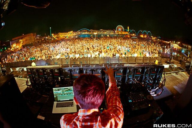File:Zedd at EDC Las Vegas 2011.jpg