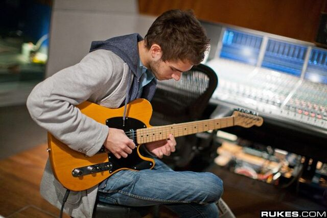File:Zedd at Interscope Studio (12).jpg