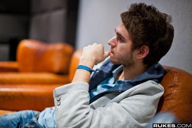File:Zedd at Interscope Studio (8).jpg