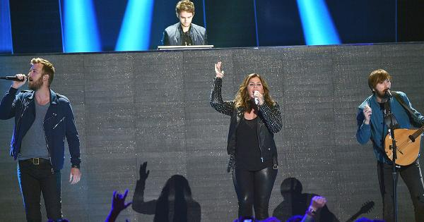 File:Lady Antebellum and Zedd at the 2015 CMT Music Awards (2).jpg