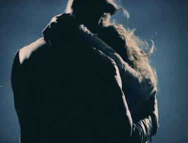File:Clarity Screenshot (Hug).png