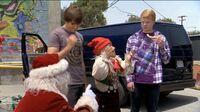 Zeke & Luther vs Santa & Elf