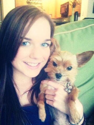 File:Teenage Abigail Mavity with a Dog.jpg