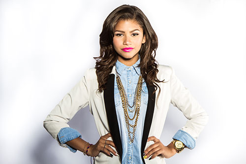 File:Zendaya-Hollywood-Records-1.jpg