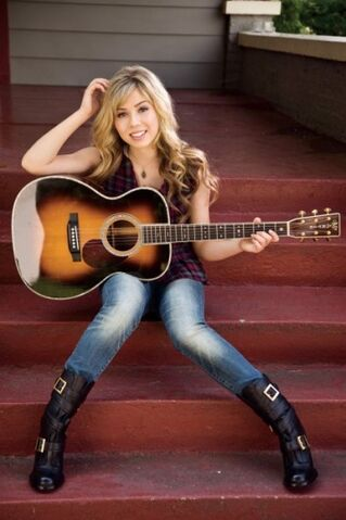File:399px-Jennette and guitar 38542 1412669200213 1337039021 31148284 2200038 n.jpg