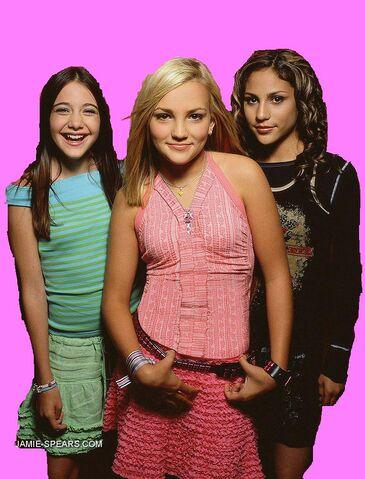 File:Zoey,Dana and Nicole.jpg