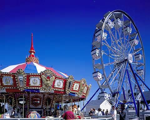 File:Amusement Park.jpg